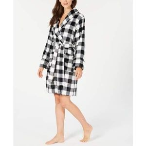 Charter Club Short Robe LARGE Black & White Plaid